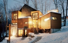 Photo Source : http://www.ottawacitizen.com/homes/Building+house+like+Lego/4515113/story.html